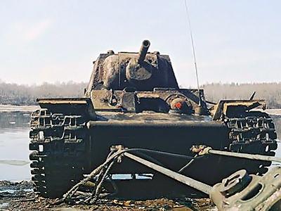 WWII tank to leave refuge in Neva River