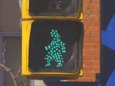 Traffic lights promote equality of sexes in Spanish capital