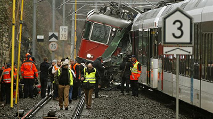 17 injured in Swiss train collision