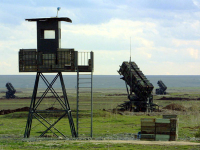Israel fires at two Syrian mortar batteries, reports 'direct hit'