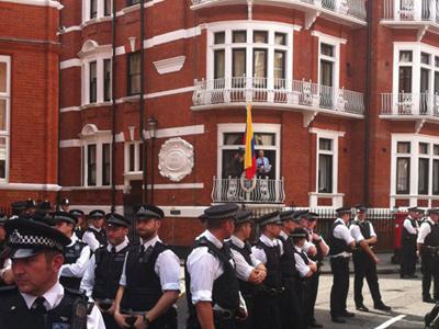 Long arm of the law: UK police given Arrest Assange order