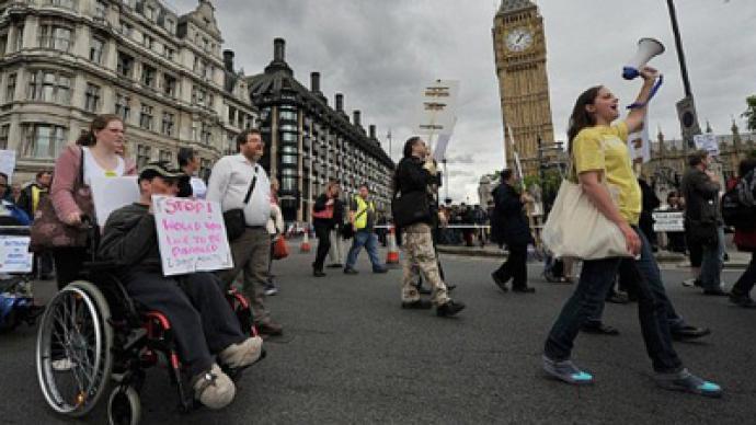 UK civil servants mount major strike against pension reform