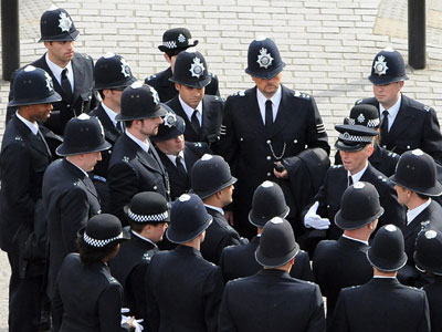 Metropolitan Police to 'reflect diversity' by recruiting only from London