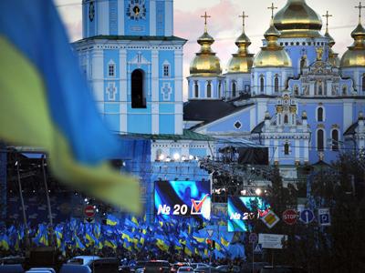 Ukrainians vote in elections: Coalitions on the horizon