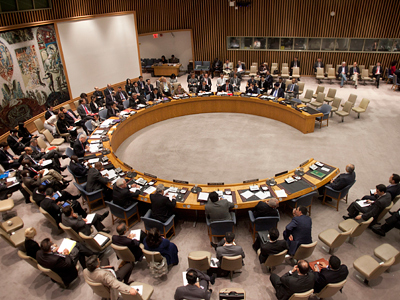 UN Security Council votes to send 300 observers to Syria