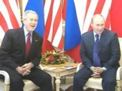 US President George Bush has left Moscow after an informal meeting with Vladimir Putin