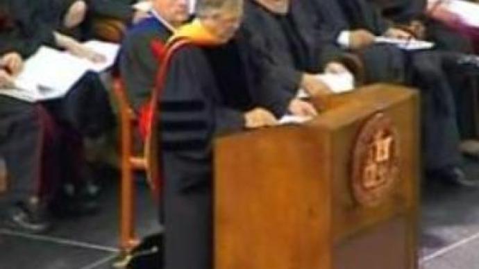 Virginia Tech honours killed students