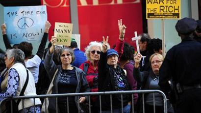 Occupy Wall St. offensive: hundreds arrested, thousands join in