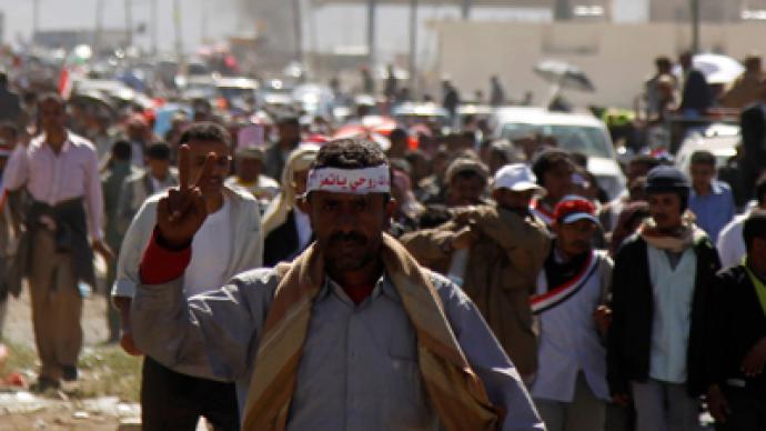 Nine people killed as Yemeni troops fire on demonstrators (PHOTOS)