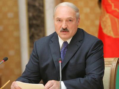 Lukashenko warns of superpower threat