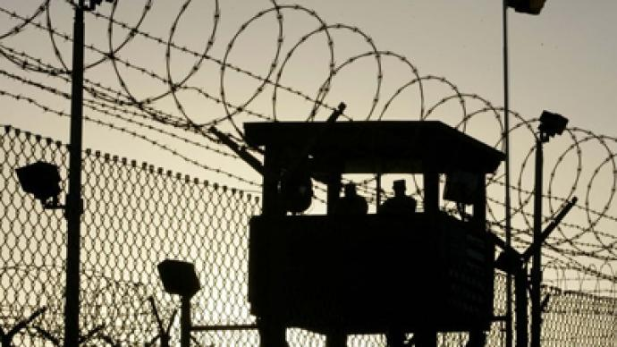 UK to pay off  former Guantanamo detainees