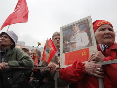 Communists return to Lenin-era tools for propaganda