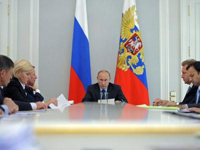 Regional development minister resigns after Putin knuckle-rap