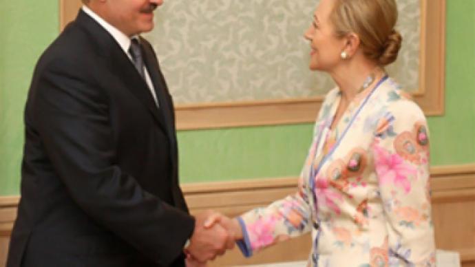 EU commissioner seeks reforms in Belarus