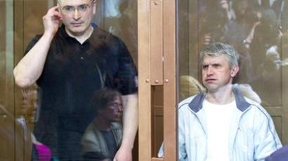Russian editor offers newspaper post to Khodorkovsky's partner Lebedev