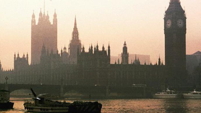 Lavrov looking to clear away London fog