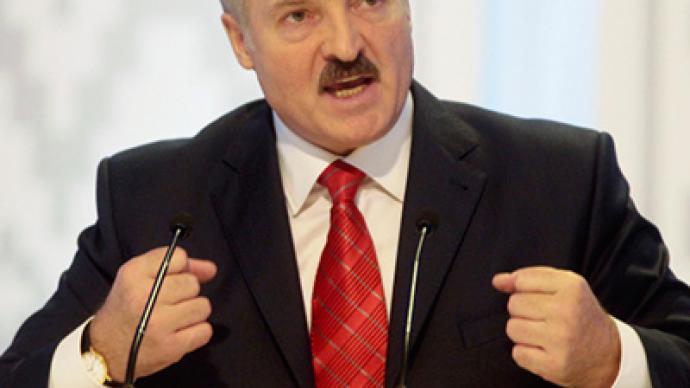 Lukashenko will close Belarusian borders if economy fails