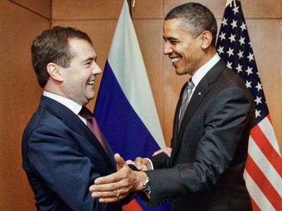 Medvedev and Obama meet on sidelines of APEC Summit