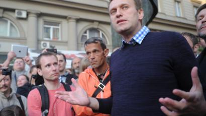 Anti-corruption blogger Navalny sentenced to 5 years behind bars for embezzlement