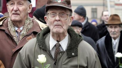 Hundreds commemorate Waffen SS divisions in Latvia, anti-fascists outraged (PHOTOS)