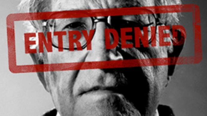 Noam Chomsky denied entry at Israeli border