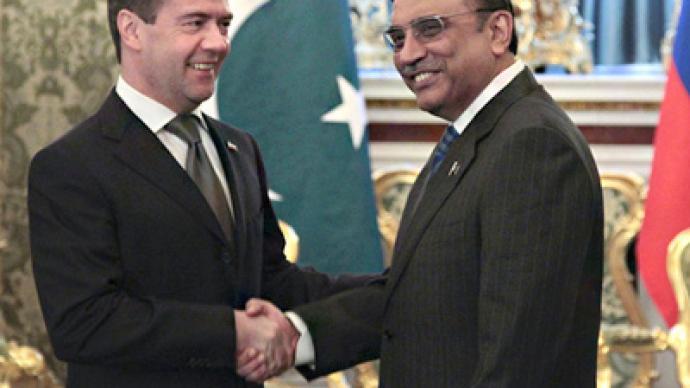 On heels of Bin Laden killing, Pakistan president visits Moscow