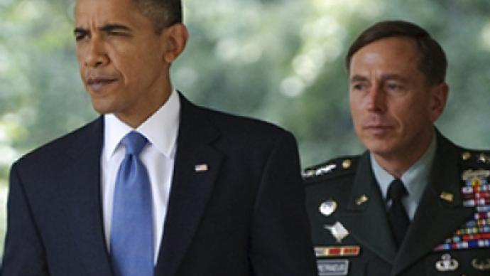 Petraeus opens media offensive, challenges Obama's Afghan exit date