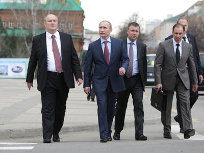 "Putin criticizes ""gigantomania"" in theater architecture"