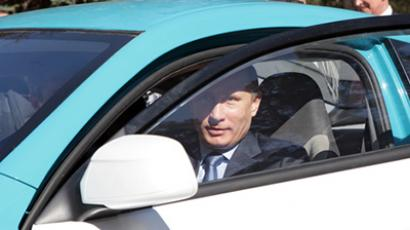 Putin deems new Lada fit for dacha and potatoes