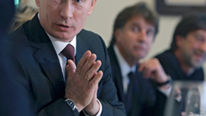 Putin examines intelligentsia calls