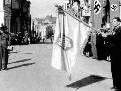 Russia blasts Ukraine for honoring pro-Nazi veterans