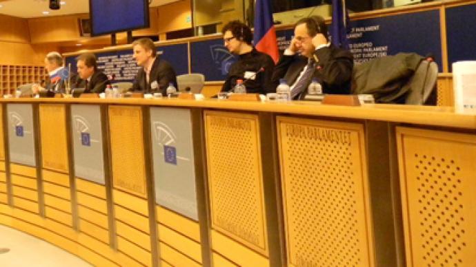 Youth activists call for EU-Russia visa facilitation