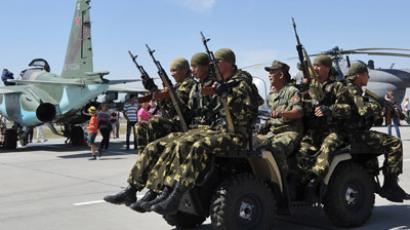 Russia, Kyrgyzstan seal military base agreement