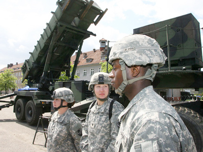 Romania agrees to host US missile defense base