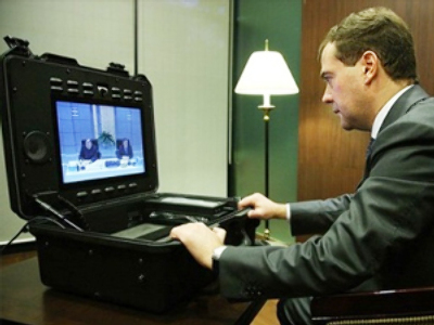 Medvedev seeks electronic enhancement for Russian democracy