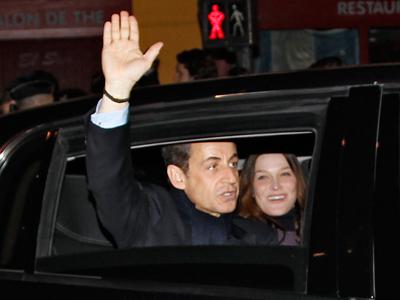 Sarkozy and Hollande clash in heated election debate
