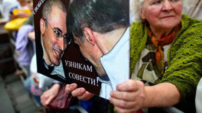 Khodorkovsky's supporters stage march on his birthday