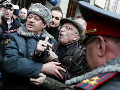 Moscow mayor authorizes one opposition rally of two requested