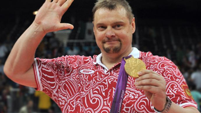 Russia's volleyball coach resigns due to heart problems