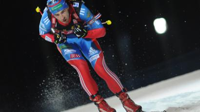 Shipulin takes silver in mass start at biathlon worlds