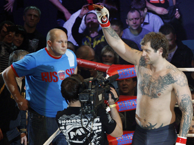 Monson has his revenge on Emelianenko brothers (VIDEO)