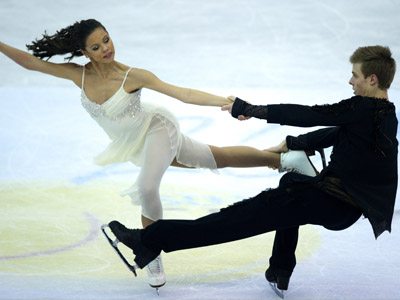 Russian pairs dominate figure skating Grand Prix Finals in Sochi