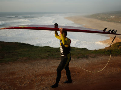 Surfer rides record 100-foot wave