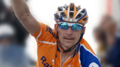 Armstrong returns to Europe