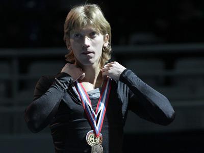 Russian dancers dominate European figure skating champs