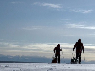 Russian explorers to help teens reach South Pole