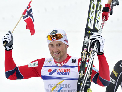 Northug takes gold on home snow ahead of Russians