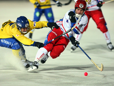 Russia beat defending champs Sweden at Bandy Worlds