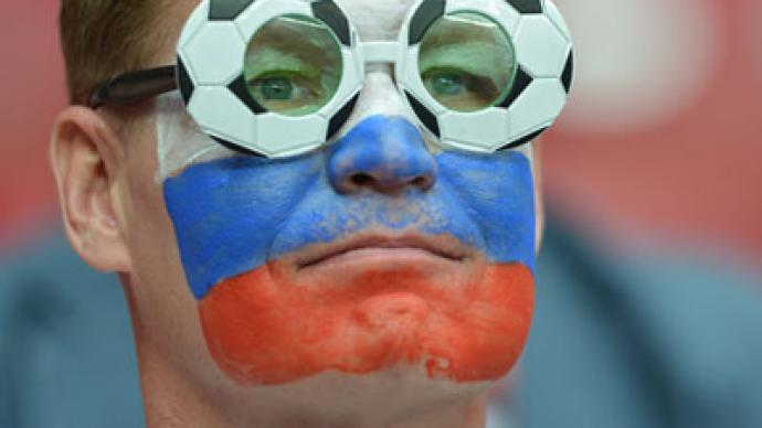 Russian support swelling in Warsaw