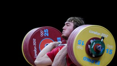 Kazakh record-breaker leaves weightlifter Ivanov behind